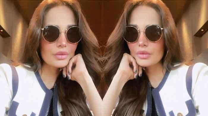 Mehreen Syed looks breathtakingly beautiful in her latest photo