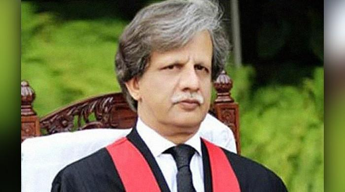 Broadsheet LLC scandal: Govt appoints retired Justice Azmat Saeed to head inquiry committee