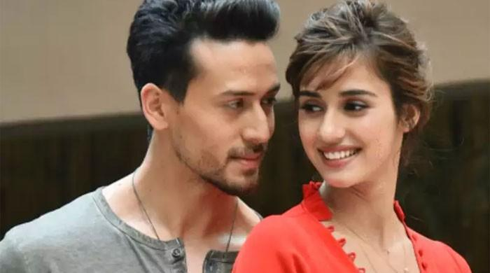 Disha Patani leaves her boyfriend Tiger Shroff awestruck with her killer dance moves