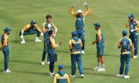 Pak vs SA: South African players train at National Stadium ahead of Karachi Test
