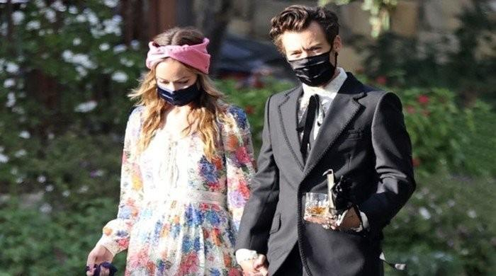 Harry Styles and Olivia Wildes romance isnt getting in the way of their work - The News International