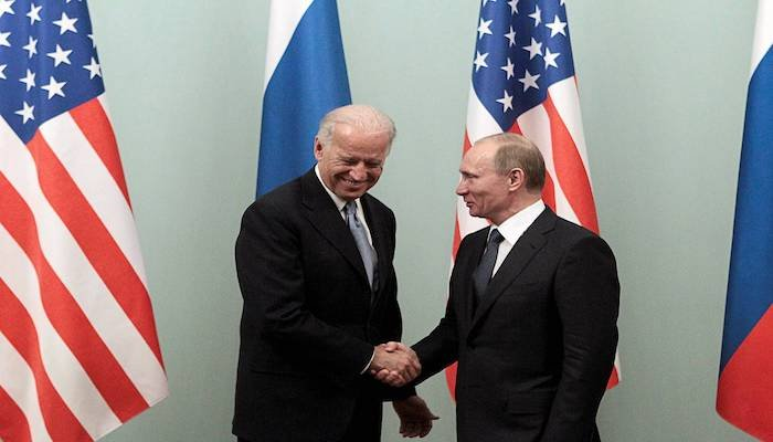 Russia, US exchange documents to extend nuclear pact, says report