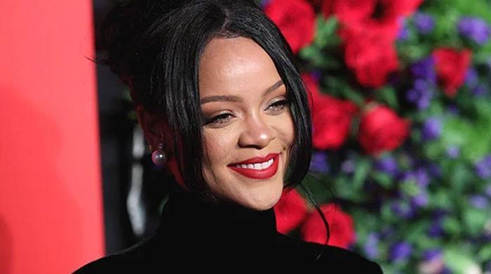 Rihanna winds down Fenty Fashion operations amid covid-19