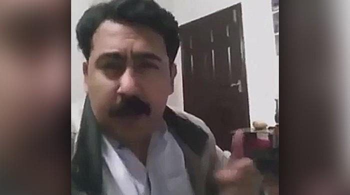 Bringing back the 90's: Pakistani man's charming rap song won hearts
