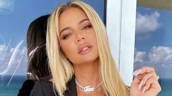 Khloe Kardashian corrects fans 'photoshop' remarks about her latest snaps