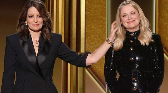 Molly Stern solves Golden Globes Awards secret of 'mystery arm'