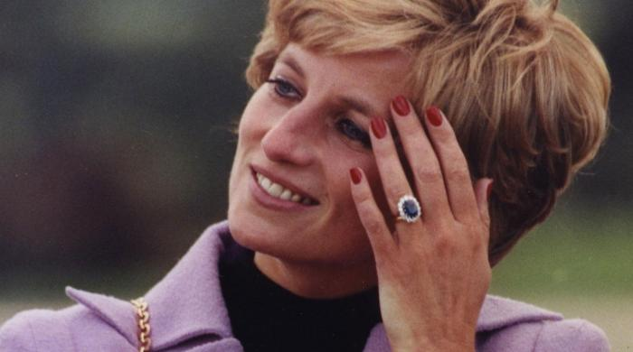 Princess Dianas iconic £110,000 engagement ring thought to not fit royal bride - The News International