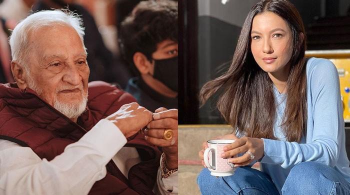 Gauahar Khan 'heartbroken' after her father Zafar Ahmed Khan passes away