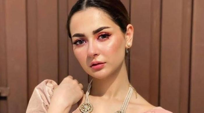 Hania Aamir claps back against the hate for her 'filtered' speech on fairness