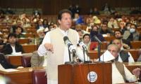 After vote of confidence victory, politicians, sports personalities congratulate PM