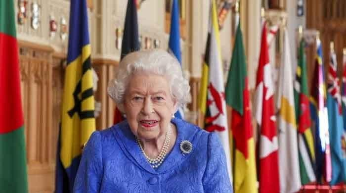 Queen delivers big message ahead of Harry and Meghan's interview