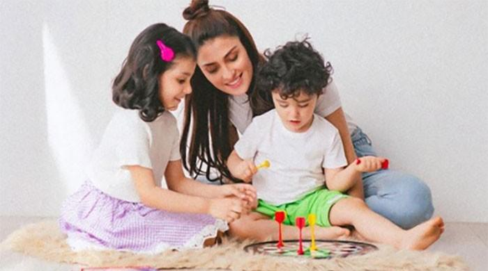 Ayeza Khan pays rich tribute to mothers on International Women's Day; 'Behind every successful Woman is her MOM'