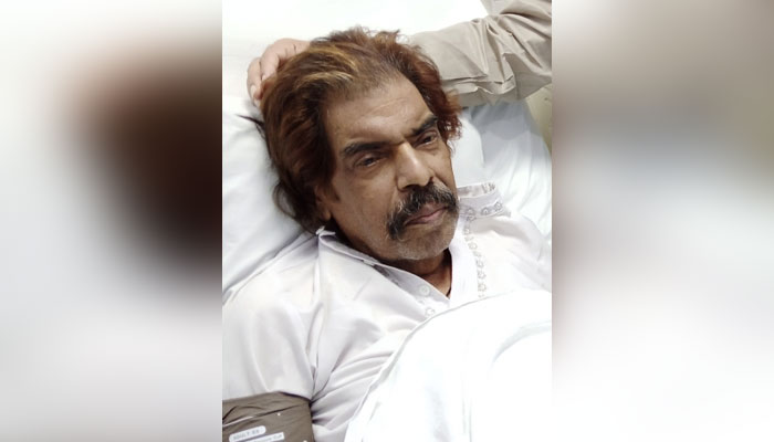 Doctors have almost given up: Punjabi folk singer Shaukat Ali's health  condition critical