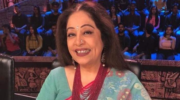 Anupam Kher's announces wife Kirron's battle against cancer