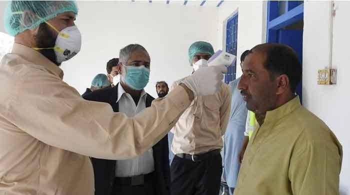 Coronavirus death toll surges past 15,000 mark in Pakistan