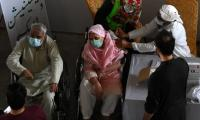Pakistanis above 65 can now get vaccinated at any centre