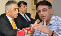 Sibling spat on Twitter: Mohammad Zubair disagrees with Asad Umar