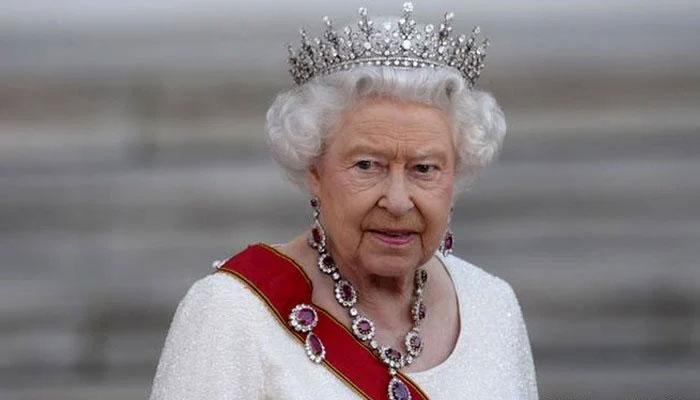 822263 4919959 Queen Elizabeth 2 updates |