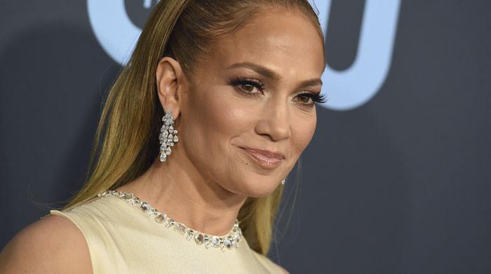 Jennifer Lopez seems to still have love for Alex Rodriguez's family