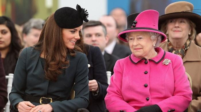 Kate Middleton secures seal of regal approval from Queen at Philips funeral - The News International