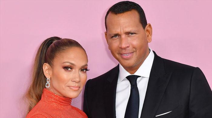 Sources weigh in on Jennifer Lopez, Alex Rodriguez's split: 'They're still trying'