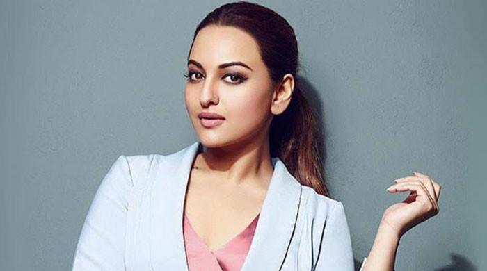 Sonakshi Sinha urges fans to hype up safeguarding efforts amid covid-19 surge