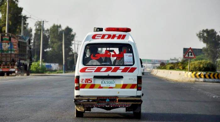 More than 10 killed in Hassan Abdal bus crash