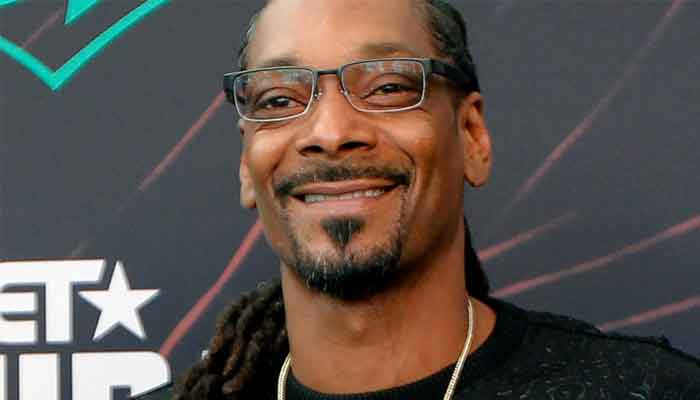 Snoop Dogg Asks Fans To Pray For His Mother