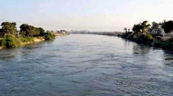 4-year-old father throws children in canal in Faisalabad: Police