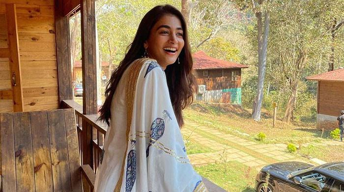 Pooja Hegde tests negative for Covid-19, thanks fans for their love