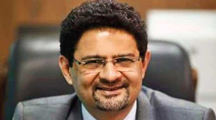 NA-249 by-polls: PML-N's Muftah Ismail asks ECP to stop counting of votes