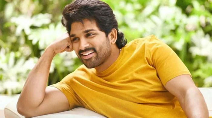 Allu Arjun marks 17 years of 'Arya'; 'It changed my course as an actor'