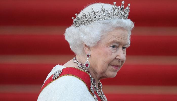 849451 9503519 Queen Eizabeth updates |