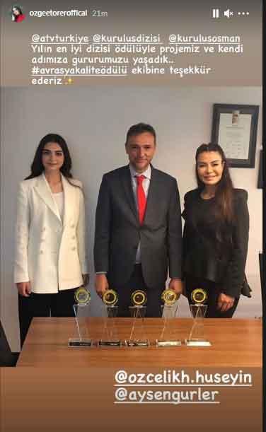 Bala Hatun and Helen receive award for stellar performance in Kurulus:Osman