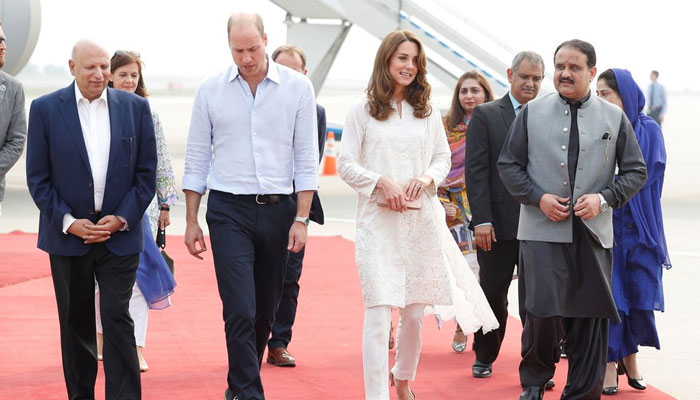 Prince William and Kate Middleton are received by Punjab Chief Minister Usman Buzdar and Governor Pubjab Chaudhry Sarwar