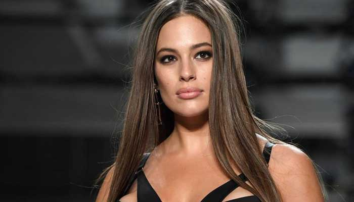 Ashley Graham inspires followers to embrace their bodies