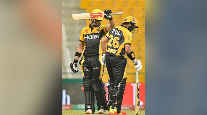 PSL 2021: Peshawar Zalmi hold their nerves to knockout defending champions Karachi Kings