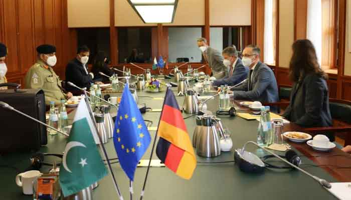 Chief of Army Staff Gen Qamar Javed Bajwa (2nd L) in a meeting with German dignitaries, in Germany, on June 24, 2021. — ISPR