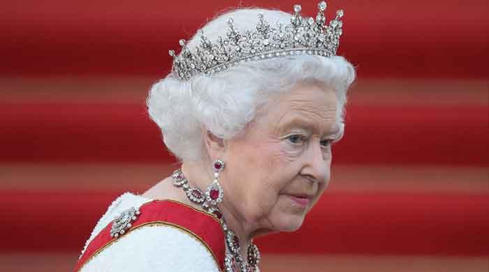 Queen's Scotland tour: Angry people slam the monarch ahead of visit