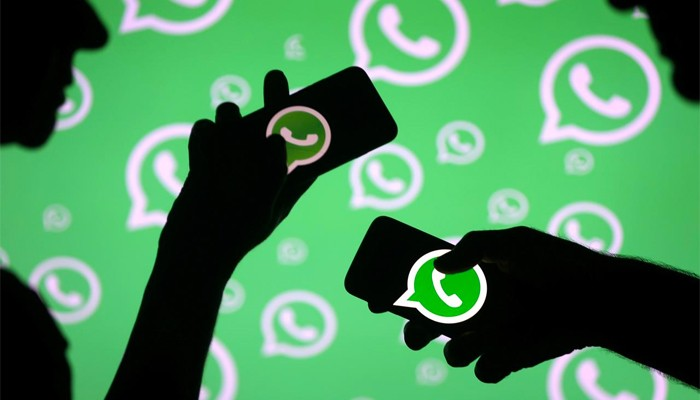 WhatsApp beta on Android has a zoomed-in camera bug that needs fixing
