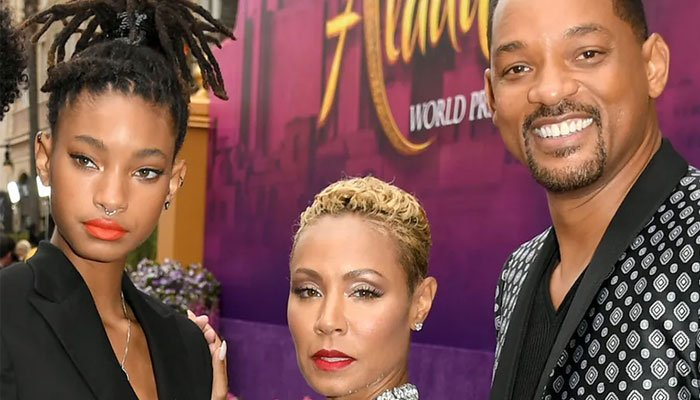 Willow Smith felt a lot of pressure to do right by her parents fame