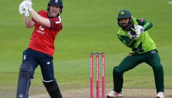 England thrash Pakistan in third T20, win series 2-1