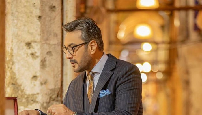 Adnan Siddiqui went on to add that he is currently in self-isolation
