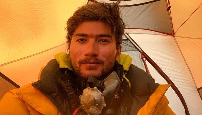 Shehroze Kashif summits K2 to becomes youngest Pakistani to climb the mountain