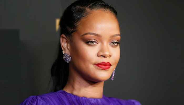Rihanna indulges in $1 pizza slice during late night NYC outing