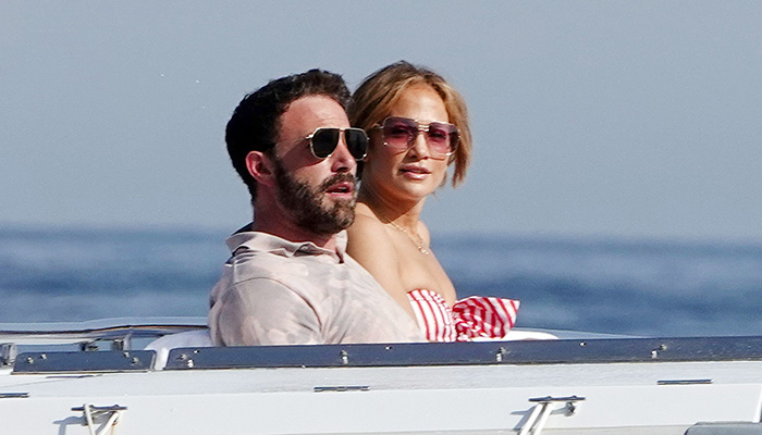 Jennifer Lopez, Ben Affleck soak up sun in romantic Italian getaway