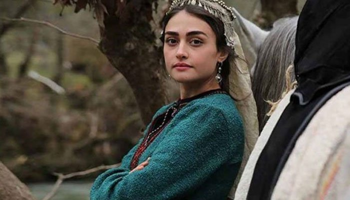 Esra Bilgic aka Halime Sultan in 'indescribable sadness' over forest fire in Turkey