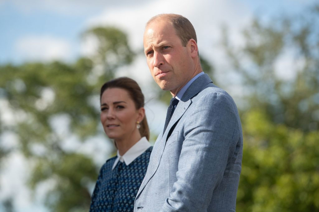 Kate Middleton, Prince William risk 'dirt slinging' embarrassment in memoir