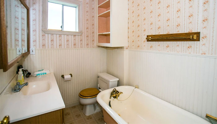 Kurt Cobains bathroom / Photo by Page Six