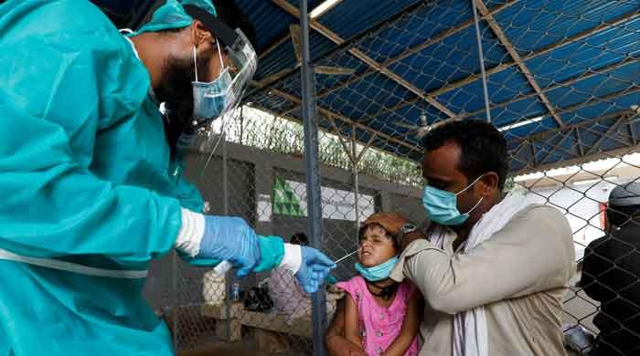 Pakistan's coronavirus positivity rate jumps to 8.64%